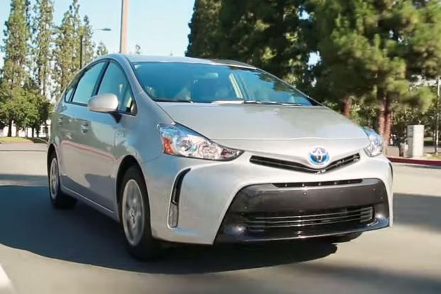 2015 Toyota Prius v: 5 Reasons to Buy - Video featured image large thumb1