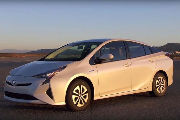 2016 Toyota Prius: First Drive Review - Video featured image large thumb1