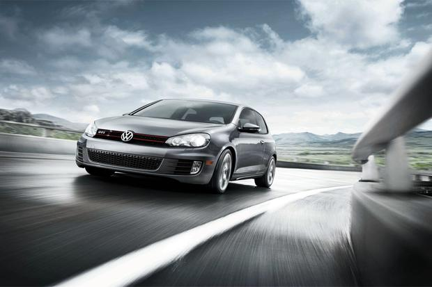 2012 Volkswagen GTI: New Car Review featured image large thumb0