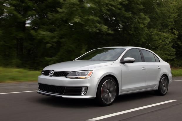 2012 Volkswagen Jetta: New Car Review featured image large thumb0