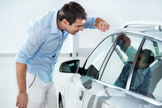 Selling Your Car: Common Scams featured image large thumb0
