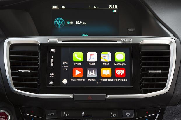 Apple Carplay What Is It And What 2018 Models Have It Autotrader