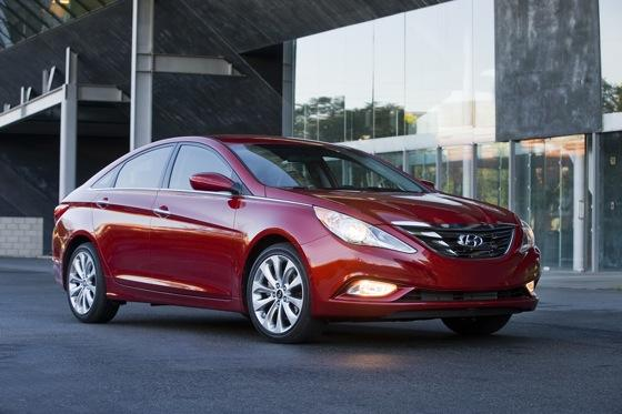 Hyundai Sonata Beats Toyota and Honda for Most Searched featured image large thumb0