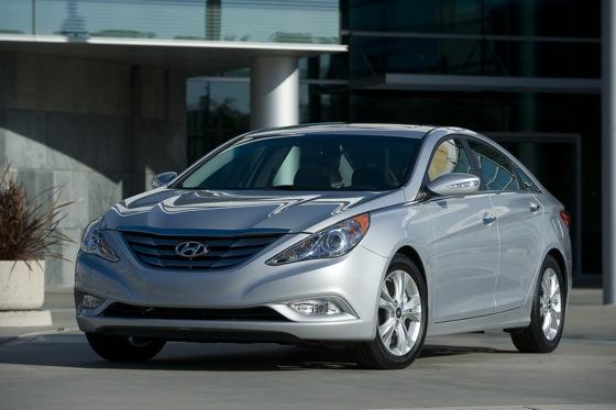 Hyundai Sonata Beats Toyota and Honda for Most Searched featured image large thumb4