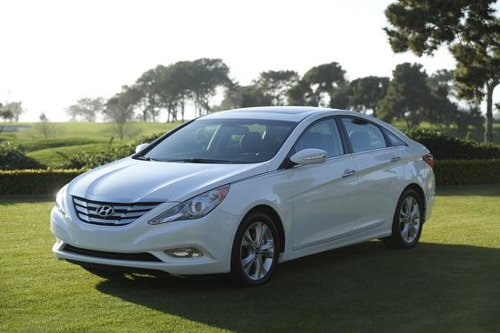 Hyundai Sonata Beats Toyota and Honda for Most Searched featured image large thumb7