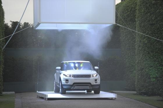 Baby Land Rover - The 2012 Range Rover Evoque is Unveiled featured image large thumb12