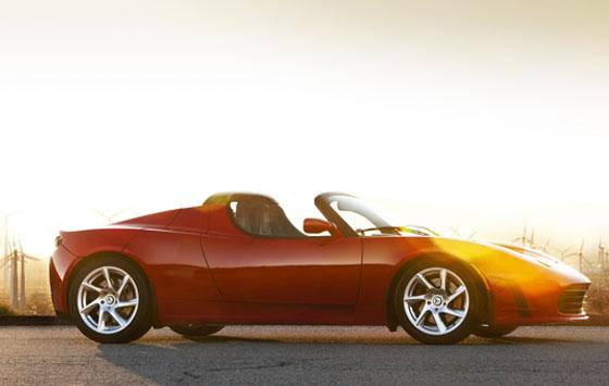 2011 Tesla Roadster 2.5 is Unveiled with Minor Upgrades featured image large thumb1