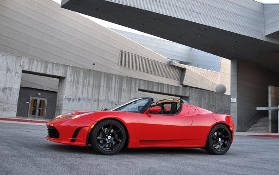 2011 Tesla Roadster 2.5 is Unveiled with Minor Upgrades featured image large thumb4