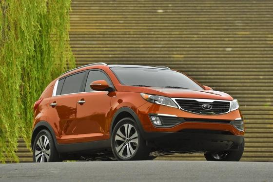 2011 Kia Sportage - Beautiful, Economical and Affordable featured image large thumb13