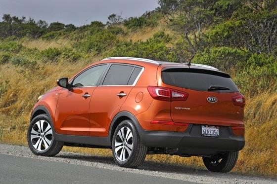 2011 Kia Sportage - Beautiful, Economical and Affordable featured image large thumb7