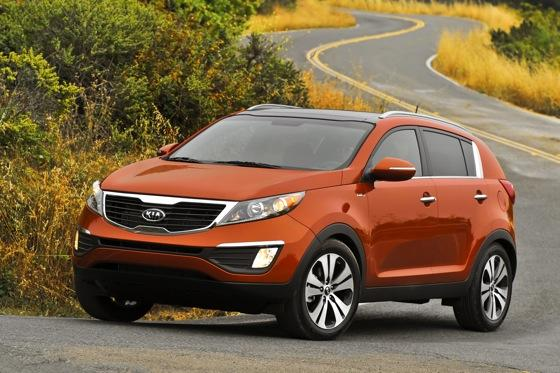 2011 Kia Sportage - Beautiful, Economical and Affordable featured image large thumb8