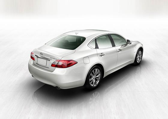The 2012 Infiniti M35h: A Hybrid With An Edge featured image large thumb1