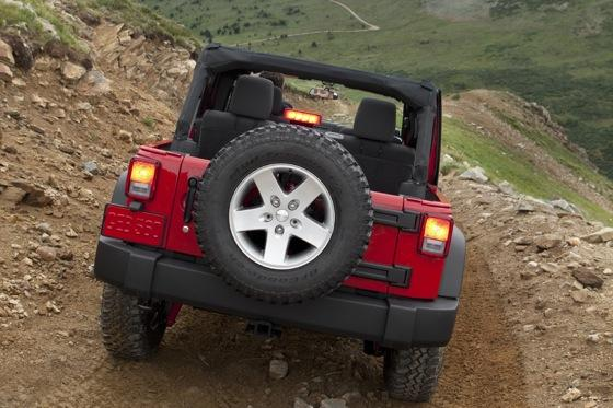 Changes on the 2011 Jeep Wrangler Revealed featured image large thumb16
