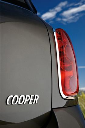 2011 Mini Cooper Countryman: Like a Mini, Only Bigger - New Car Review featured image large thumb48