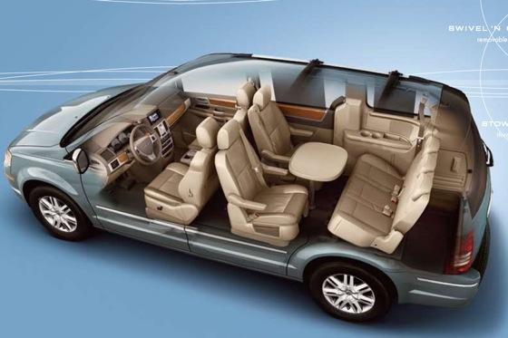 chrysler 39 s swivel 39 n go is a no go for 2011 minivans autotrader. Black Bedroom Furniture Sets. Home Design Ideas