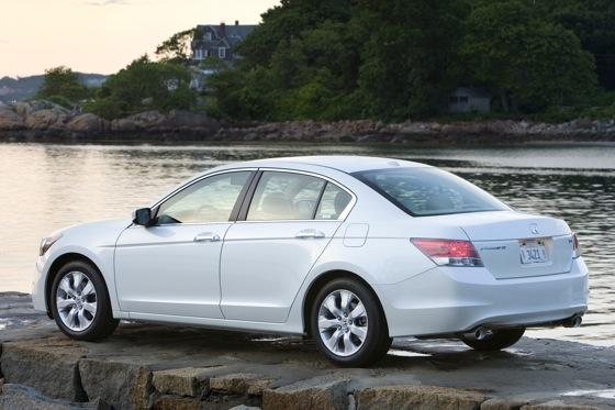 2008 - 2010 Honda Accord - Used Car Review featured image large thumb2
