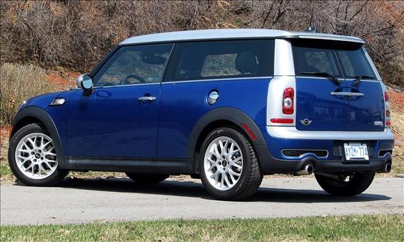 Review: 2008 MINI Cooper Clubman featured image large thumb2