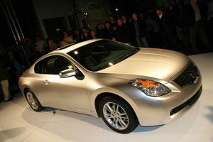 2008 Nissan Altima Coupe featured image large thumb0