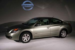 2008 Nissan Altima Hybrid: What's New featured image large thumb0
