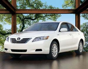 2008 Toyota Camry Hybrid: What's New featured image large thumb0