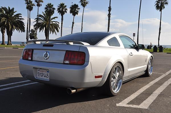 2005 - 2009 Ford Mustang Used Car Review featured image large thumb8