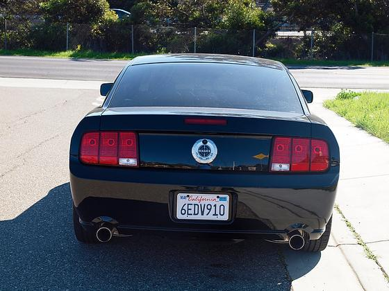 2005 - 2009 Ford Mustang Used Car Review featured image large thumb14