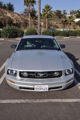 2005 - 2009 Ford Mustang Used Car Review featured image large thumb6