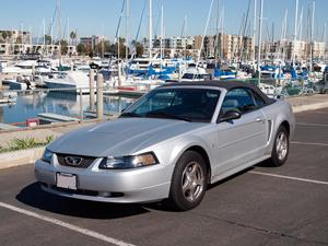 1994-2004 Ford Mustang: Ford's Classic Sports Car featured image large thumb13