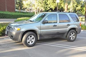 2001-2007 Ford Escape featured image large thumb12