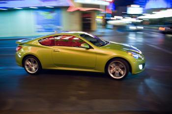2010 Hyundai Genesis coupe featured image large thumb2