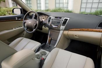 2009 Hyundai Sonata featured image large thumb1