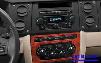 2008 Jeep Commander featured image large thumb2