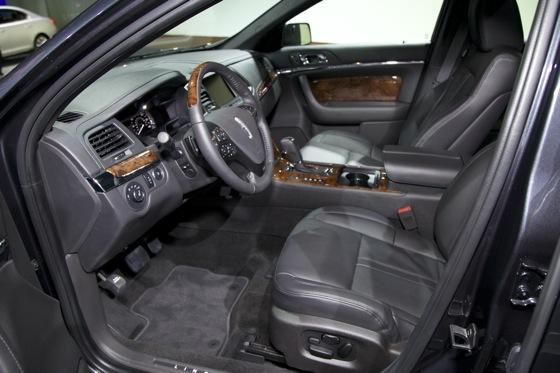 2012 Lincoln MKS - LA Auto Show - Image Gallery featured image large thumb5