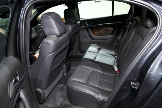 2012 Lincoln MKS - LA Auto Show - Image Gallery featured image large thumb6