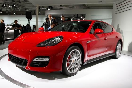 2012 Porsche Panamera GTS- LA Auto Show - Image Gallery featured image large thumb2