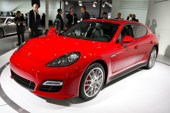 2012 Porsche Panamera GTS- LA Auto Show - Image Gallery featured image large thumb3