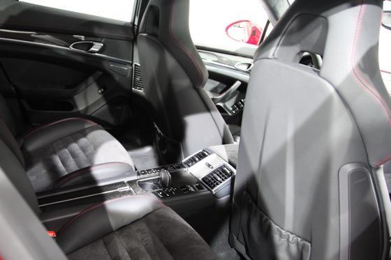 2012 Porsche Panamera GTS- LA Auto Show - Image Gallery featured image large thumb16