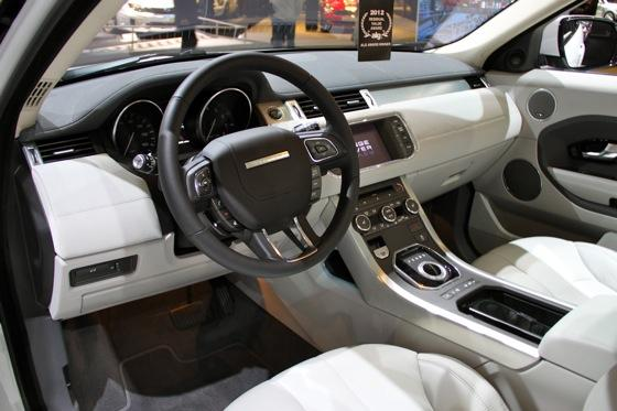 2012 Range Rover Evoque - LA Auto Show - Image Gallery featured image large thumb8