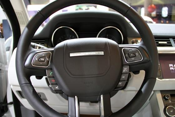2012 Range Rover Evoque - LA Auto Show - Image Gallery featured image large thumb10