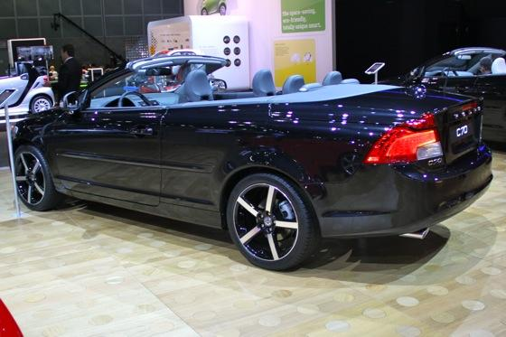 2012 Volvo C70 Inscription - LA Auto Show - Image Gallery featured image large thumb2