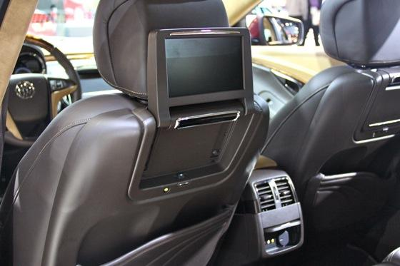 Buick LaCrosse GL Concept - LA Auto Show - Image Gallery featured image large thumb11