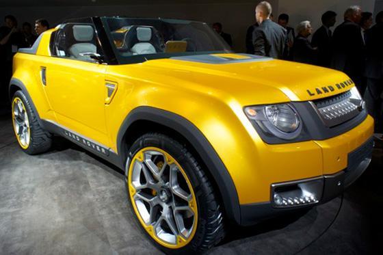 https://images.autotrader.com/scaler/620/420/cms/images/auto-show/2011/la/land-rover-dc100-sport-concept/133996.jpg