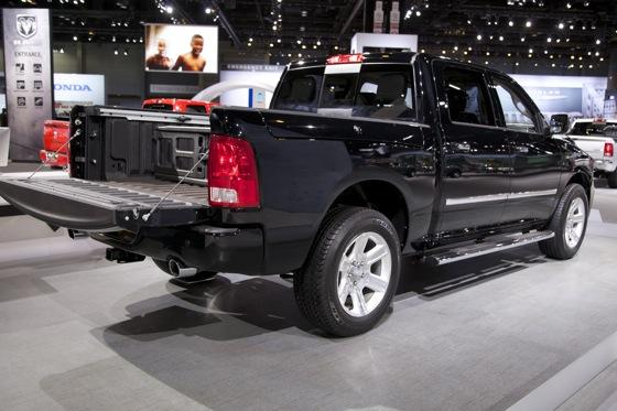 2012 Ram Truck Laramie Limited: Chicago Auto Show featured image large thumb4