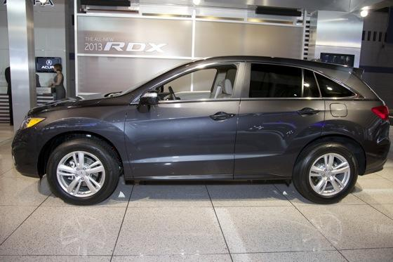 2013 Acura RDX: Chicago Auto Show featured image large thumb6