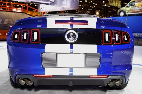 2013 Ford Shelby GT500 Convertible: Chicago Auto Show featured image large thumb5