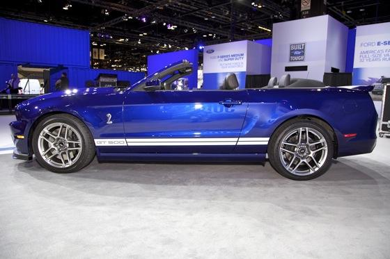 2013 Ford Shelby GT500 Convertible: Chicago Auto Show featured image large thumb7