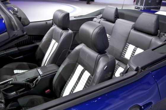 2013 Ford Shelby GT500 Convertible: Chicago Auto Show featured image large thumb10