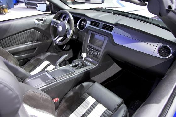 2013 Ford Shelby GT500 Convertible: Chicago Auto Show featured image large thumb12