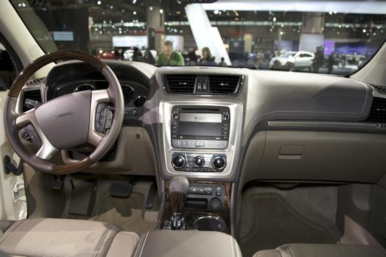 2013 GMC Acadia: Chicago Auto Show featured image large thumb10