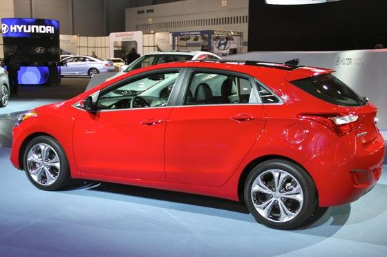 2013 Hyundai Elantra GT: Chicago Auto Show featured image large thumb0